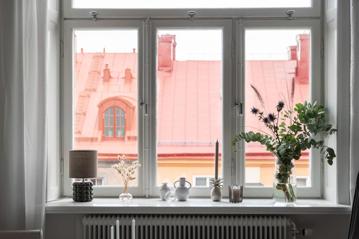 Fönster om 2x 2 meter med djupa nischer Torsgatan 59, 5 tr / Karlbergsvägen
