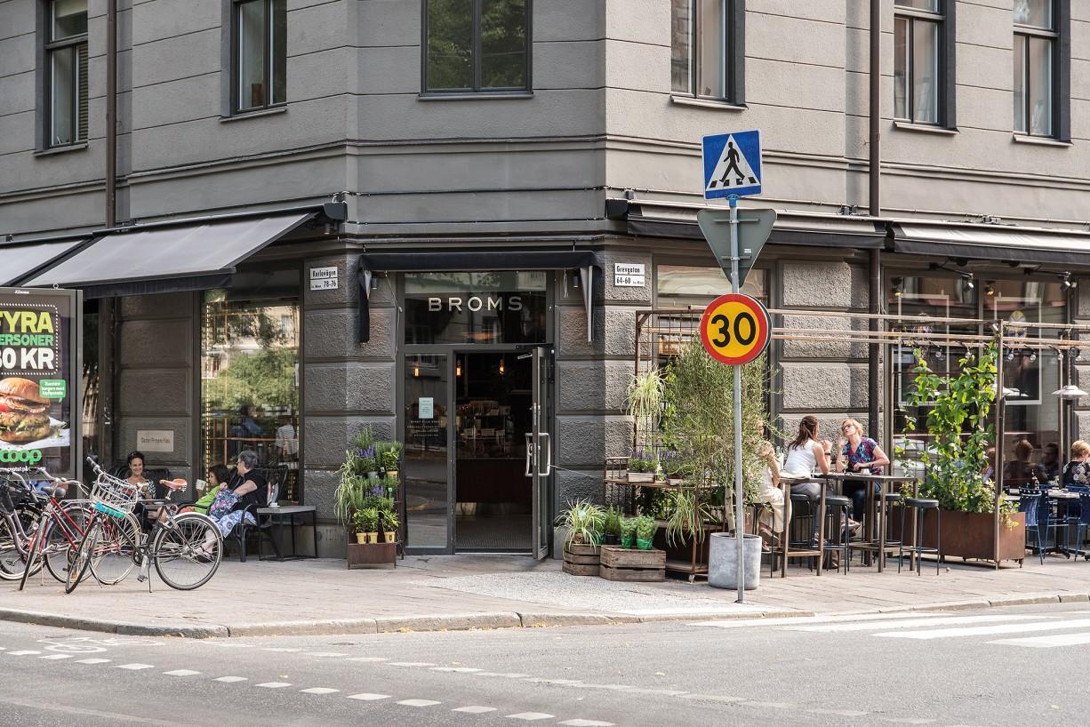 Välkända Broms på Karlavägen Smedsbacksgatan 18