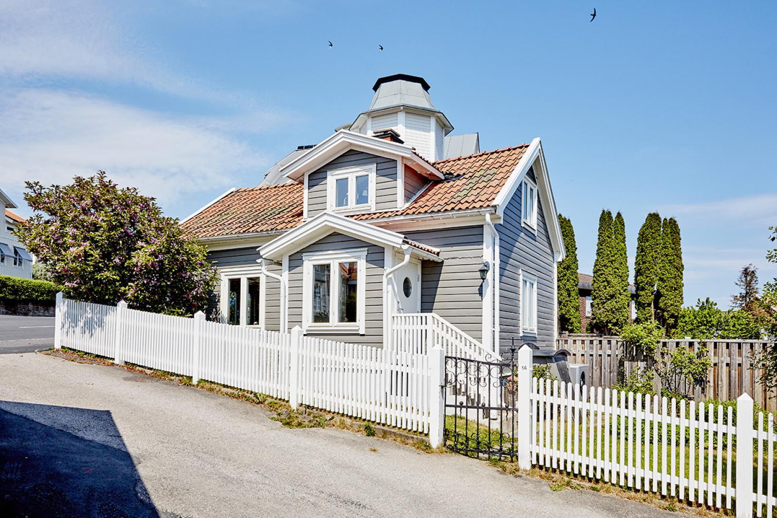 """Gårdshuset - """"Deia"""".."""