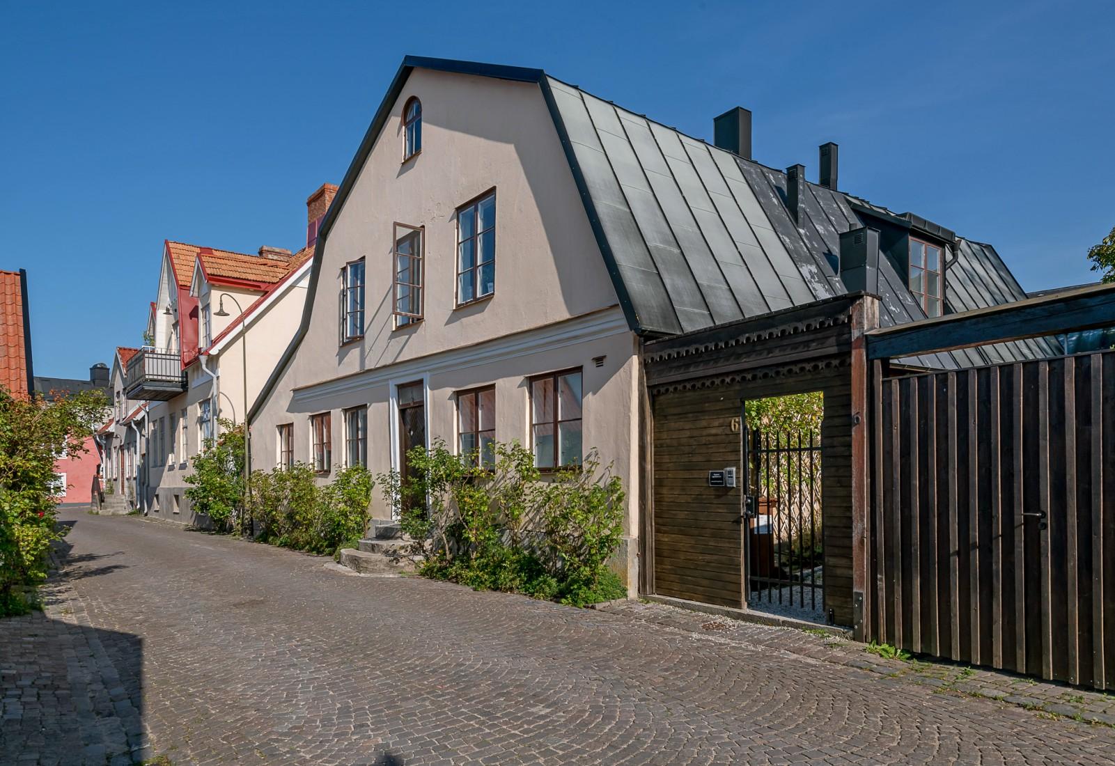 Vårdklockegatan 6 och 8